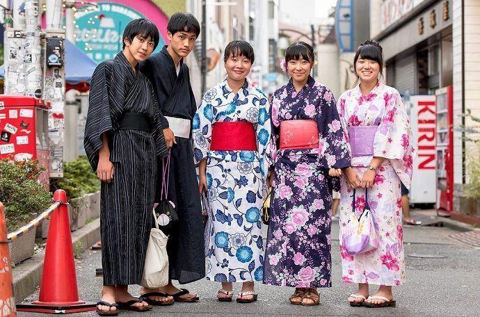 Vestir con Yukata. Japón en verano