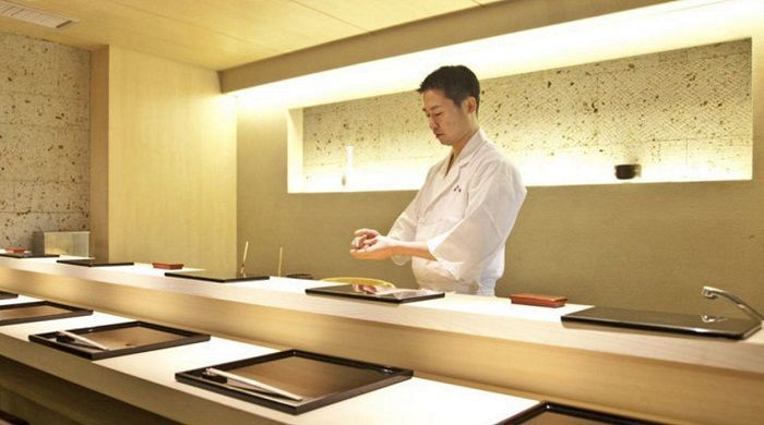 Comer sushi en Tokio - restaurante Masuda
