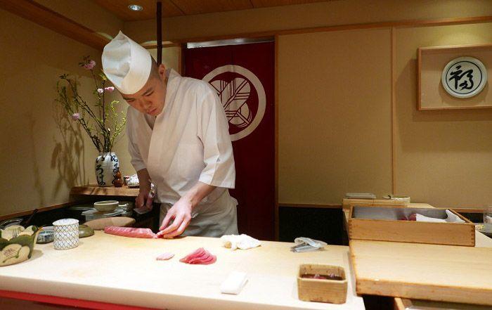comer sushi en Tokio - Sushi ya