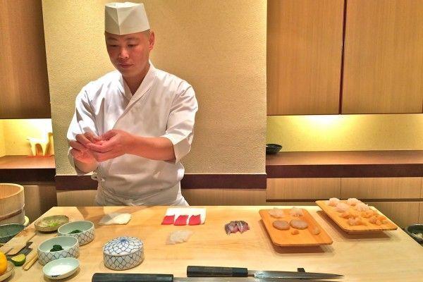 comer sushi en tokio-restaurante-iwa-ginza