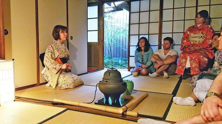 Reservar una ceremonia del té en Kioto