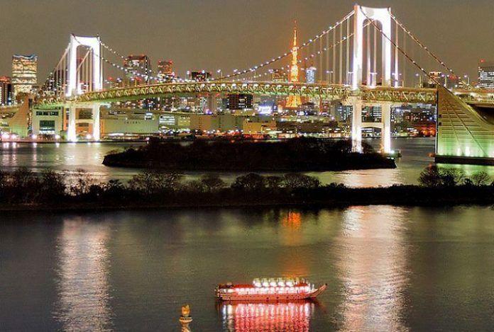 crucero en Tokio con cena.