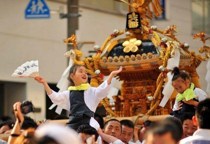 Yushima Tenjin festival.