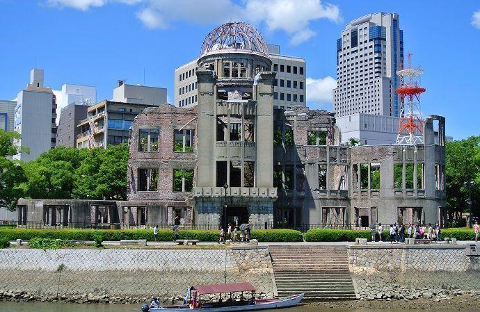 Monumento de la paz de Hiroshima. Tōrō Nagashi