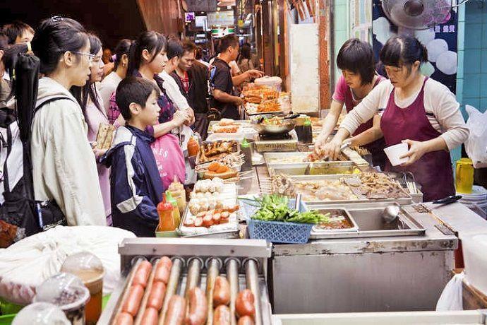Comer en Tokio en puestos de comida callejera japonesa