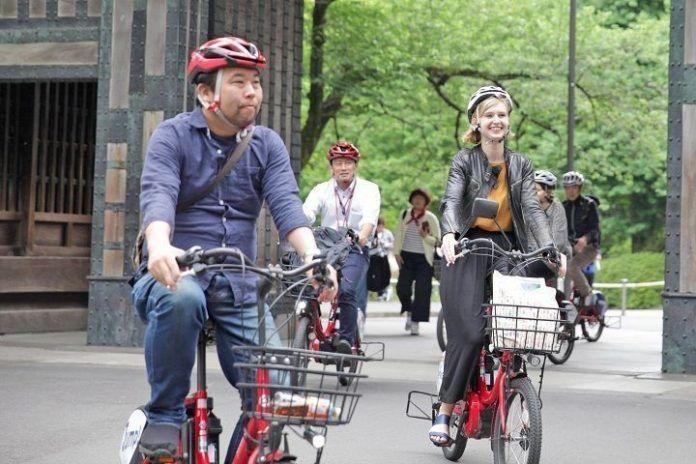 Reservar tour por Tokio en bicicleta.