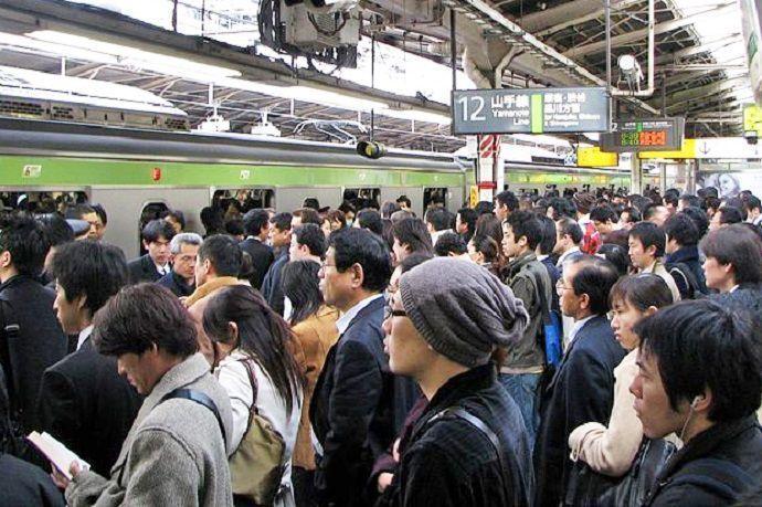 Pasajeros en la estación de Shinjuku