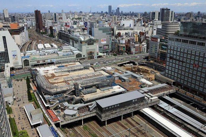 Estación de Shinjuku. La más transitada del mundo.