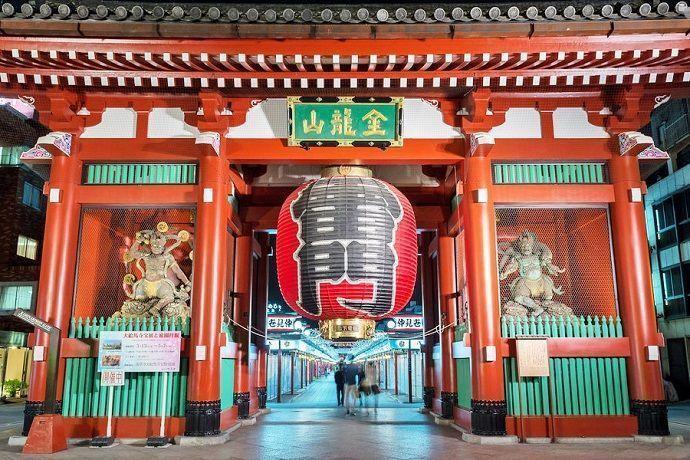 puerta Kaminarimon (雷門) Asakusa.