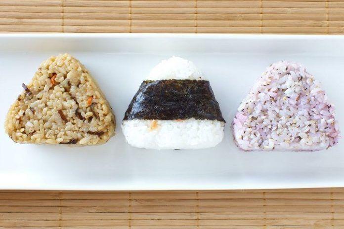 cómo preparar Onigiri