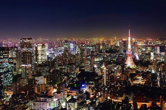 Salir de noche en Tokio